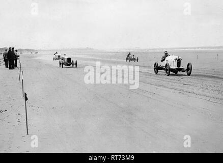 Austro Daimler Suscha, Malcolm Campbell, 1922 Saltburn sands - Stock Image