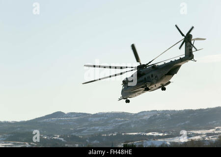 A U.S. Marine Corps CH-53 Super Stallion Helicopter flies over the base in Vaernes, Norway, as 2nd Marine Expeditionary - Stock Image