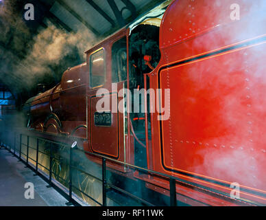Side view of the Hogwarts Express Steam Engine at the making of Harry Potter Studio Tour, Leavesdon - Stock Image