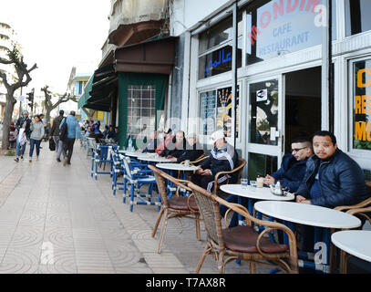 Vibrant coffee / tea shops on Boulevard de Bordeaux in Casablanca. - Stock Image