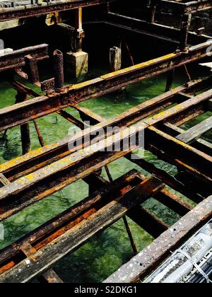 Metal girders on Ryde pier, Isle of Wight - Stock Image