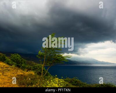 Threatening dark sky before storm or thunderstorm - Stock Image