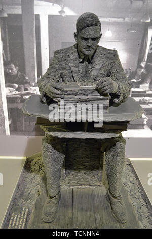 Alan Turing Sculpture at Bletchley Park, Milton Keynes, Buckinghamshire, UK - Stock Image