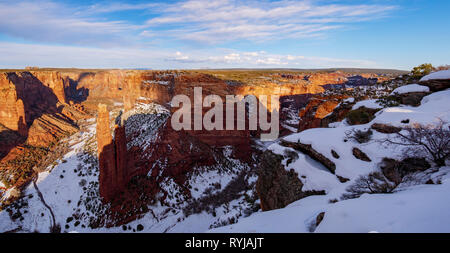 Panorama viewing east at Spider Rock Overlook, Canyon de Chelly National Monument, Arizona. - Stock Image
