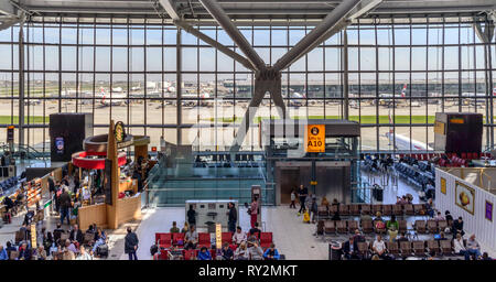 Heathrow Terminal 5 is an airport terminal at Heathrow Airport. Opened in 2008, largest free-standing building in UK - Stock Image