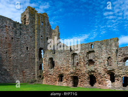 The Douglas Tower and the Great Hall, from the Inner Close, Tantallon Castle.  Near North Berwick, East Lothian, Scotland, UK - Stock Image