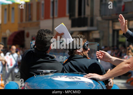 Ospitaletto, Italy. 21th, May 2017.  Crew composed by Juan Tonconogy and Guillermo Berisso from Argentina with their model car, BUGATTI Type 40 1927 - - Stock Image