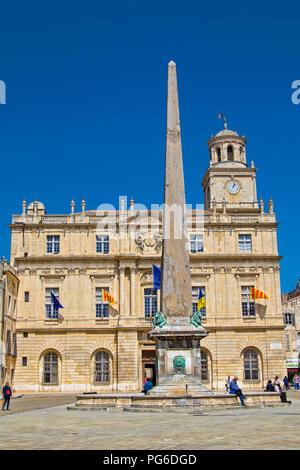 Place de la République and city hall in Arles - Stock Image