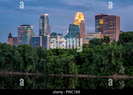 Minneapolis skyline from Plymouth Avenue. - Stock Image