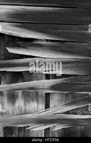 Weathered wood wall in Bodie. The Bodie State Park is the remains of Bodie, a silver and copper mining town in the - Stock Image