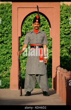 A guard at Lahore Fort, Lahore, Pakistan, 1990 - Stock Image