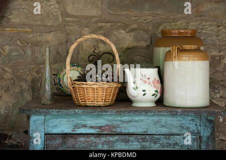 Rustic kitchenware display at Lavandula Swiss Italian Farm near Hepburn Springs, a popular weekend destination in - Stock Image