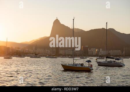 Boats moored at Baía de Guanabara, Rio de Janeiro, Brazil - Stock Image