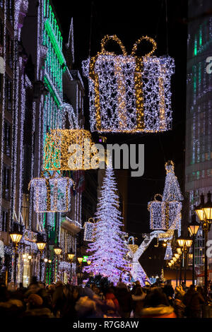 Decotated Fashion street at Chrismass in Budapest - Stock Image