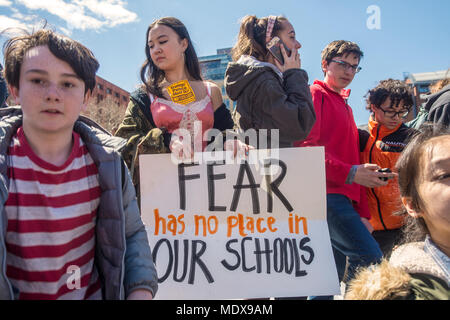 New York, NY- 20 April 2018 - NATIONAL STUDENT WALK-OUT Students walked out of class to mark the 19th anniversary of the Columbine School shooting. Several thousand rallied in Washington Square Park calling for stiffer gun control measures including a ban on assault weapons and a universal background check. CREDIT: ©Stacy Walsh Rosenstock/Alamy Live News - Stock Image