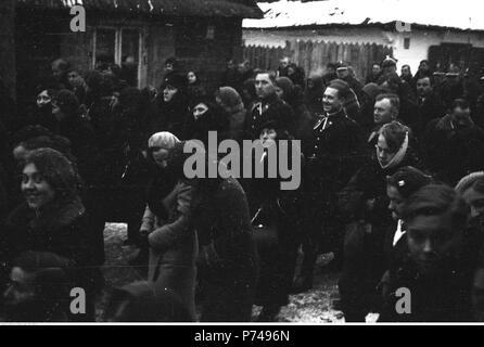 65 Narcyz Witczak-Witaczyński - Pogrzeb plutonowego Stanisława Seweryna z 1 Dywizjonu Żandarmerii (107-1104-11) - Stock Image