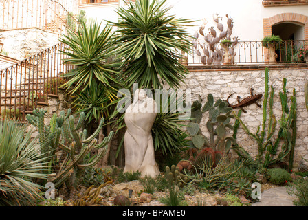 Cactus garden in the hotel Posada de las Minas, a luxury boutique hotel in Mineral de Pozos, Guanajuato state, Mexico - Stock Image