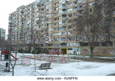 Residential apartment block in the city of Novi Sad, Vojvodina, Serbia. - Stock Image
