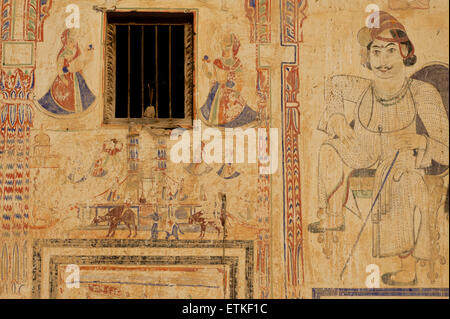 Wall paintings on an old haveli, Mandawa, Shekawati region, Rajasthan India - Stock Image