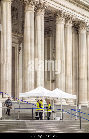 Security checks put in place outside St Paul's Cathedral, City of London, UK - Stock Image
