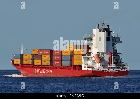 Feedervessel Containerships VIII outbound Kiel. Now equipped with a scrubber. - Stock Image