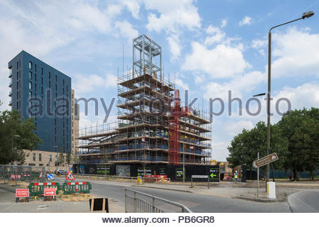 Greenwich Millennium Village Energy Centre construction - Stock Image