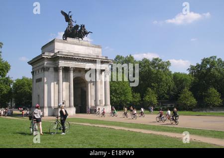 Wellington Arch Hyde Park Corner London - Stock Image