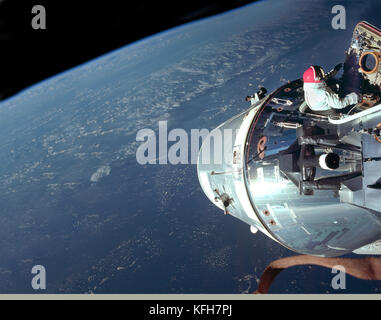 Apollo 9, earth orbit. Apollo 9 was the 3rd manned mission in the US Apollo space program and the first flight of - Stock Image