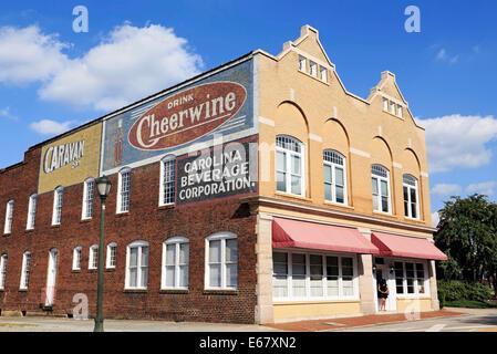Salisbury, North Carolina. Cheerwine Bottling Company's old building. - Stock Image