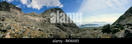 360° panoramic view from Coir' a' Ghrunnda high in the Cuillin mountains on the Isle of Skye with the islands of Soay (near), Rum & Eigg (on horizon). - Stock Image