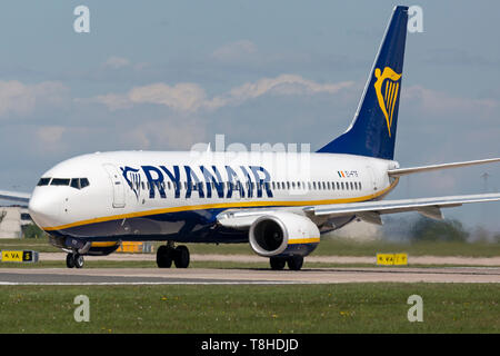 Ryanair Boeing 737-800, registration EI-FTF, preparing for take off at Manchester Airport, England. - Stock Image