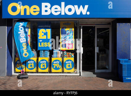 One Below a new nationwide discount chain store selling cheap goods all priced at £1  or less - Stock Image