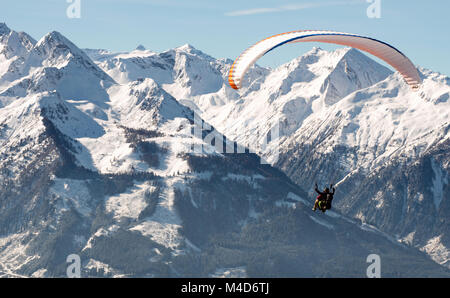 Paragliding flights - Stock Image