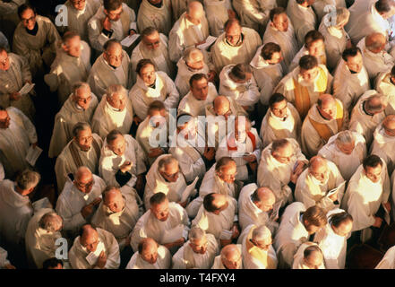 Priests attend Mass in Notre Dame Cathedral during Pope John Paul II Visit to France in 1980 - Stock Image