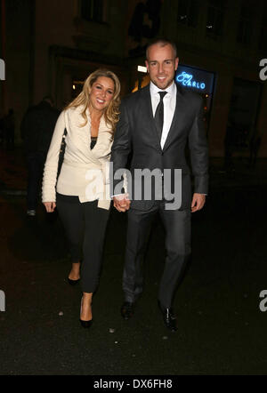 Claire Sweeney and boyfriend Daniel Riley leaving San Carlo restaurant Liverpool, England - 02.11.12 Featuring: Claire Sweeney - Stock Image