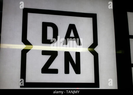 das Logo der Marke/ the logo of the brand 'DAZN'. - Stock Image