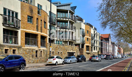 Older properties along Hotewlls Road, Bristol, refurbished and modernized as flats and apartments overlooking harbour - Stock Image