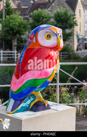 Frida Owlo sponsored by BoA Business Bradford on Avon Town Council The Area Board part of the Minervas owls of Bath trail - Stock Image