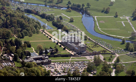 aerial view of Chatsworth House stately home in Derbyshire - Stock Image