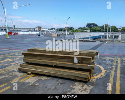 Bournemouth, UK. 11th July 2018. Work starts on the repairs to the crumbling multistory car park at Castlepoint in Bournemouth. The much-delayed repairs come after the concrete structure first started falling apart in 2003. The repair work is due to take 5 years and the shops remain open. Credit Thomas Faull / Alamy Live News - Stock Image