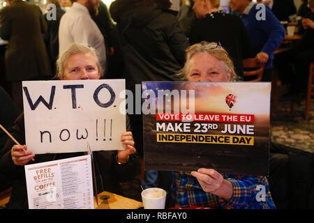 Hastings, East Sussex, UK. 10 Jan, 2019. Wetherspoon founder and chairman Tim Martin visited The John Logie Baird pub in Hastings, East Sussex. He will talk to members of the public about what he considers to be the huge economic advantages of leaving the EU. © Paul Lawrenson 2018, Photo Credit: Paul Lawrenson / Alamy Live News - Stock Image