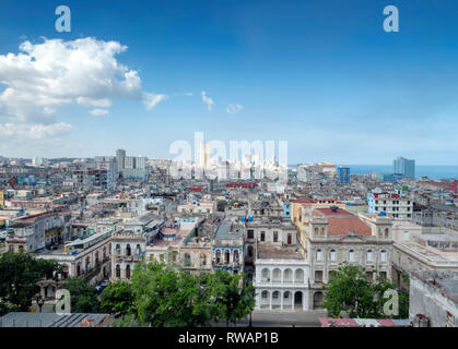 Havana, capital of Cuba, looking north from the roof of the Parque Central hotel towards the blue sea of the Florida Straits - Stock Image