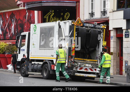Waste collection service - Paris - France - Stock Image