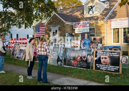 Bellmore, United States. 02nd Nov, 2016. Bellmore, New York, USA. November 2, 2016. EILEEN FUSCALDO, seen from behind - Stock Image