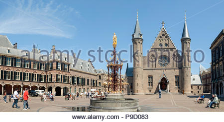 The Hague / Den Haag The Netherlands Binnenhof and Ridderzaal. Fontein graaf Willem II. Panorama. - Stock Image