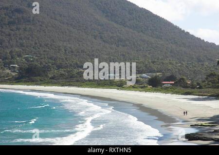Beach at Eaglehawk Neck on the Tasman peninsular, Tasmania - Stock Image
