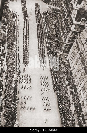 The coronation procession of King George VI and Queen Elizabeth, 12 May 1937, seen here on Bridge Street, Westminster, London, England, taken from Big Ben.  From The Coronation in Pictures, published 1937. - Stock Image
