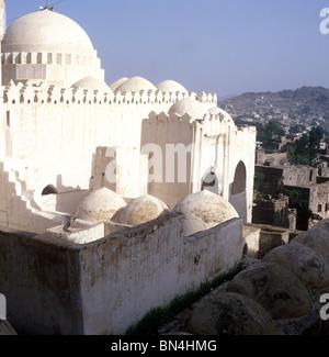 Traditional mosque Taiz Yemen - Stock Image