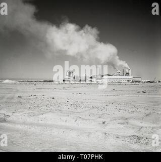 1960s, fertiliser factory in the desert, Saudi Arabia - Stock Image