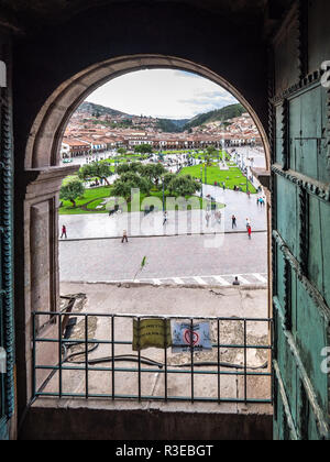 Cusco, Peru - January 3, 2017. View of the Plaza de Armas of Cusco and the Cathedral seen from a window of the Compañia de Jesus church - Stock Image